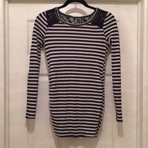 Long Sleeve Waffle Knit Ruched Maternity Top